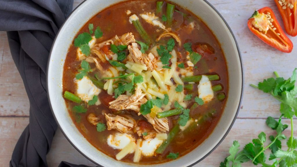 Low Carb Chilli Chicken Soup